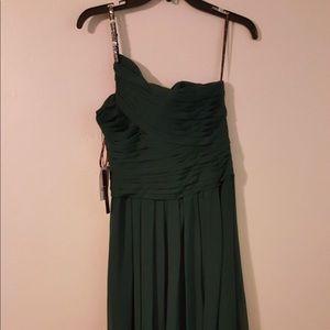 Camille La Vie Dresses - Elegant green formal dress